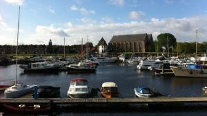 De haven van Vollenhove