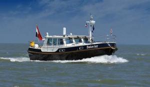 Kuster A38 op zee